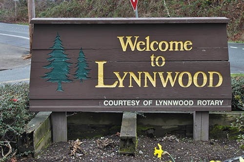 Welcoming People to Lynnwood WA