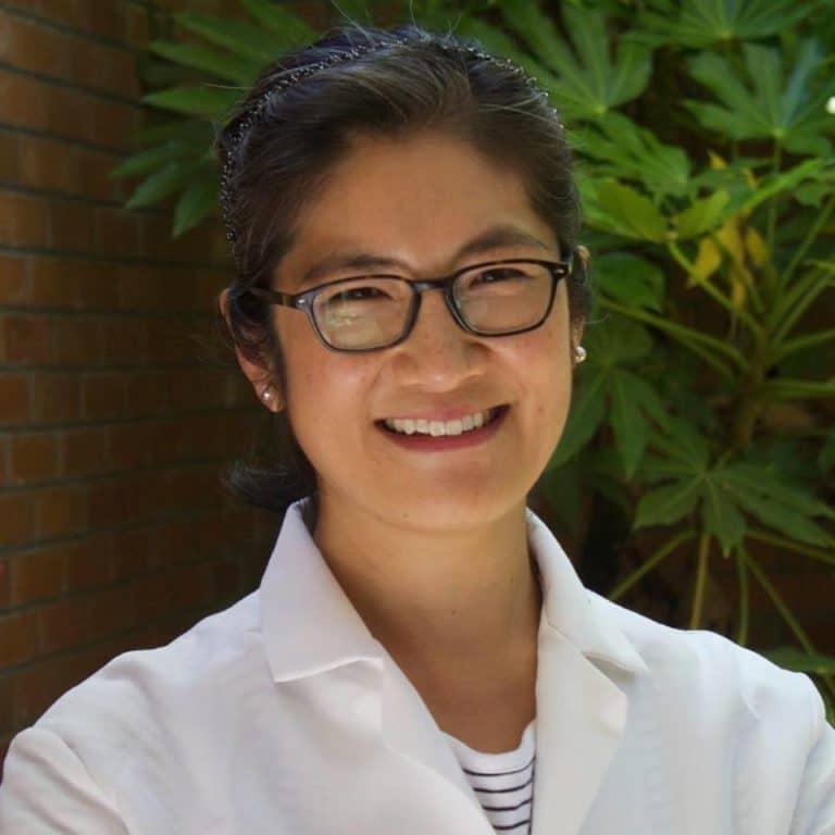 Dr. Lois Lee DDS